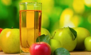 Яблочный сок - полезные свойства и противопоказания