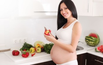 Рацион и режим питания для беременных и кормящих мам