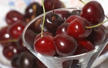 Полезные свойства и калорийность черешни
