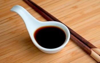 Польза и вред соевого соуса, его калорийность